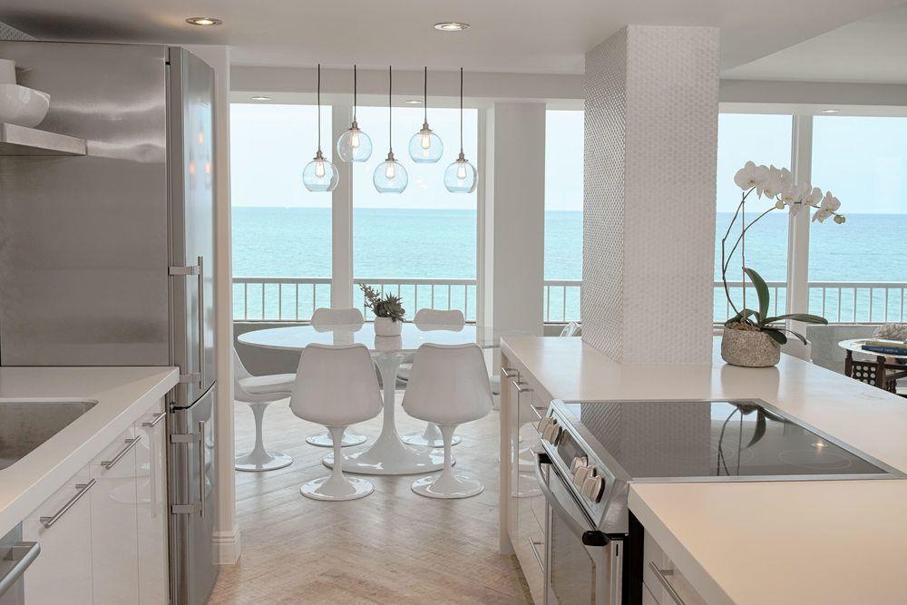 Modern Beach Condo Sean Rush Atelier